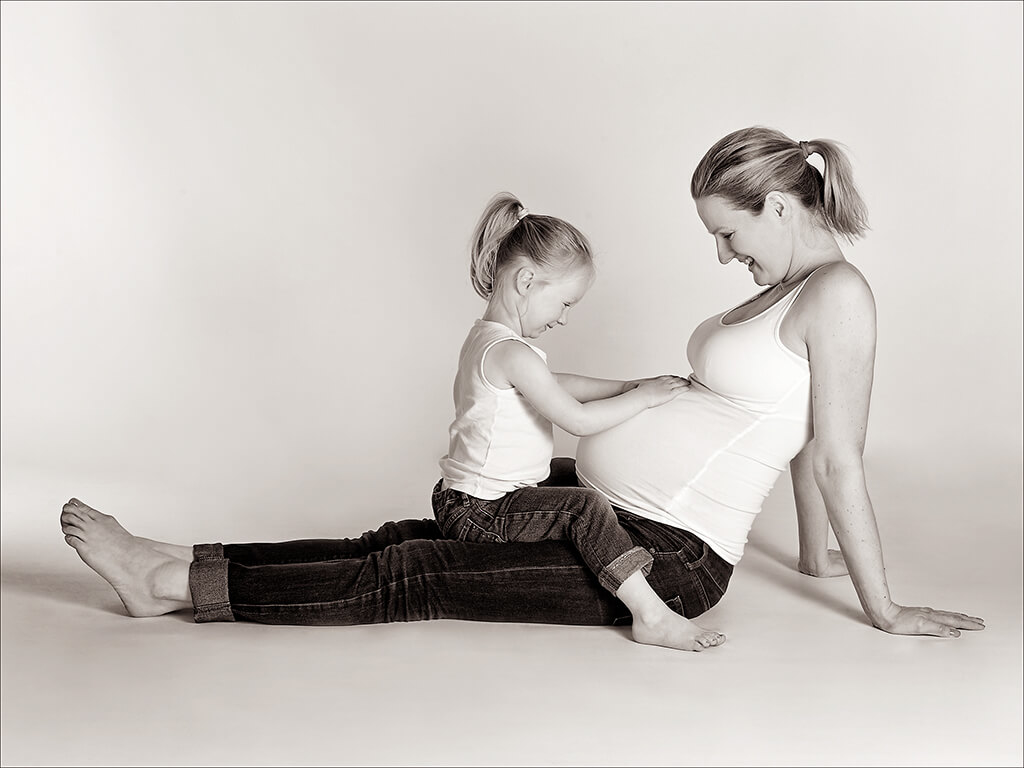 Babybauch fotoshooting kind Familie wuppertal