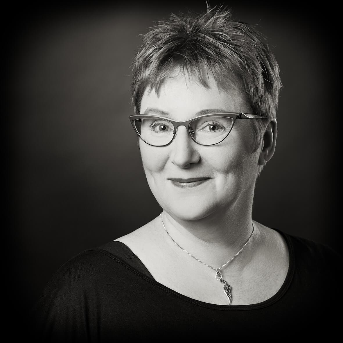 Anette Hosenfeldt Portraitfoto Fotostudio Hosenfeldt