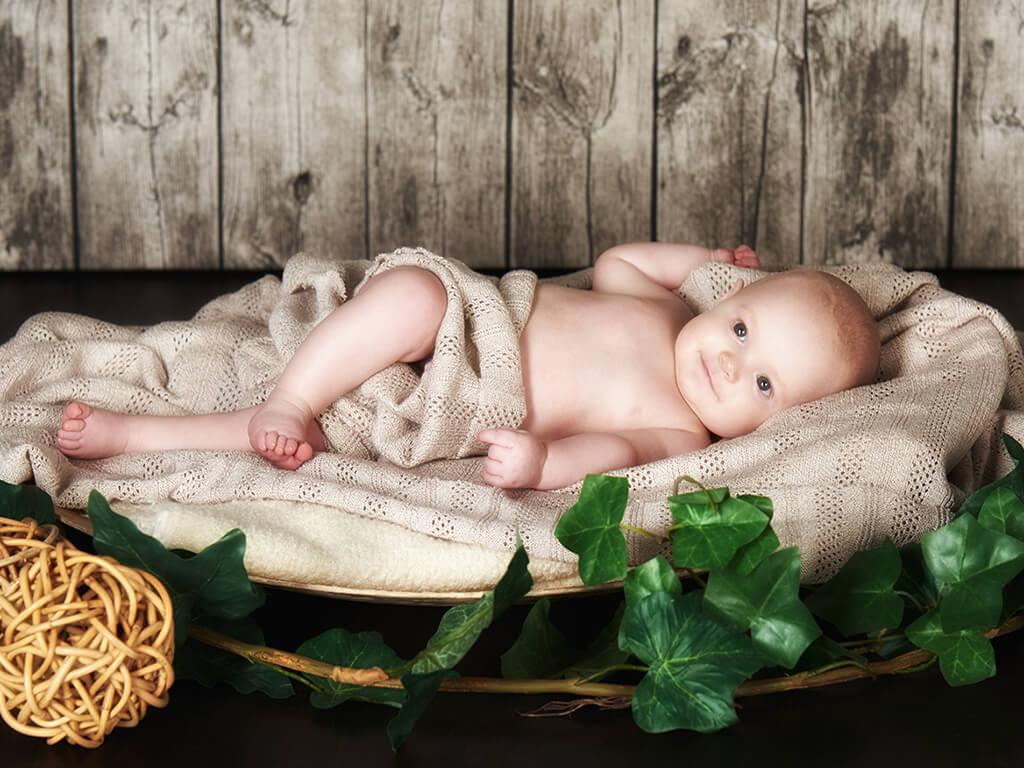Baby im Tuch Fotzostudio Hosenfeldt