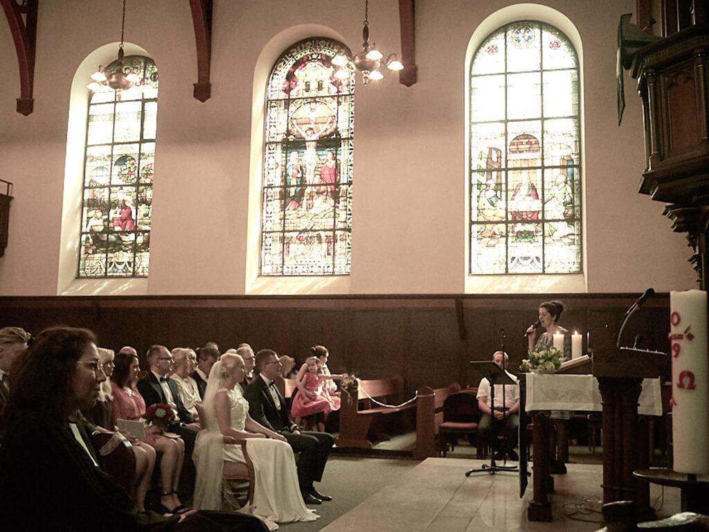 Hochzeitsfoto Kirche Hochzeitsfotograf nrw